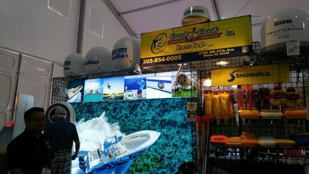 Brownie's Yacht Diver Booth